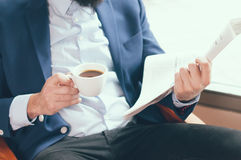 Homme d'affaires en café photo libre de droits