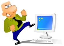 Homme d'affaires essayant de casser son ordinateur Photo stock