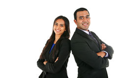 Homme d'affaires et femme d'affaires indiens dans le groupe se tenant avec les mains pliées Images libres de droits