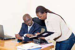 Homme d'affaires et son secrétaire Image libre de droits