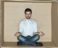 Homme d'affaires focalisé avant travail Photos stock