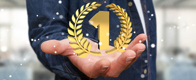 Homme d'affaires gagnant le premier rendu d'or des prix 3D Photos stock