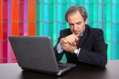 Homme d'affaires mûr au travail image libre de droits