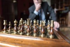 Homme d'affaires pensant à l'initiative stratégique Photographie stock