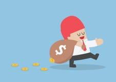 Homme d'affaires perdant son argent de sac de fuite illustration libre de droits