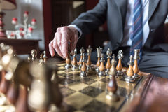 Homme d'affaires Playing Chess Image stock