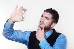 Homme d'affaires portant une couche de chemise et de taille Photo libre de droits