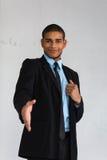 Homme d'affaires prêt à serrer la main Images libres de droits