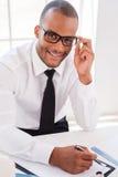 Homme d'affaires sûr au travail Photographie stock libre de droits