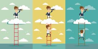 Homme d'affaires se tenant sur une échelle allant dans tout le nuage et envisageant l'avenir avec le télescope Image stock