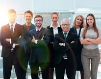 Homme d'affaires supérieur et son équipe sûre d'affaires Photos libres de droits