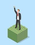 Homme d'affaires sur la pile empilée de l'argent liquide Photographie stock libre de droits