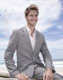 Homme d'affaires sur la plage Image libre de droits