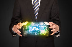 Homme d'affaires tenant le nuage de données Image stock