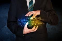 Homme d'affaires tenant le nuage de nombre Image stock