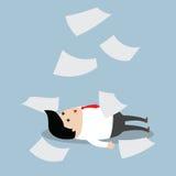 Homme d'affaires travaillant dur jusqu'à ce que faible illustration stock