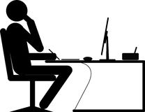 Homme d'affaires travaillant sur l'ordinateur Photographie stock