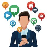 Homme d'affaires utilisant des apps de smartphones Image stock
