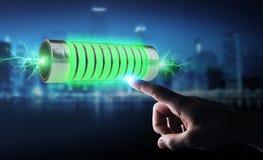 Homme d'affaires utilisant la batterie verte avec le rendu des foudres 3D Photo libre de droits