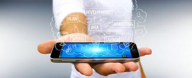 Homme d'affaires utilisant la présentation de projet de manuscrit avec son téléphone Image stock