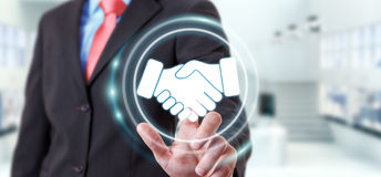 Homme d'affaires utilisant la présentation numérique pour des affaires d'association Image stock