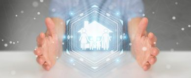 Homme d'affaires utilisant le rendu de l'application 3D d'assurance de soin de famille Photographie stock libre de droits