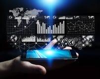 Homme d'affaires utilisant le rendu numérique de l'interface 3D de graphique Images stock