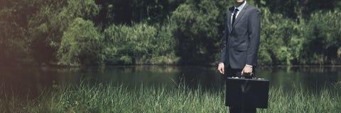 Homme d'affaires vert Environmental Conservation Strategy prévoyant C photos libres de droits
