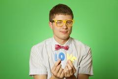 Homme d'amoureux de plan rapproché retenant l'amour de lettre Photos libres de droits