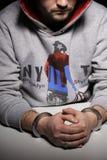 Homme dans des menottes Image libre de droits