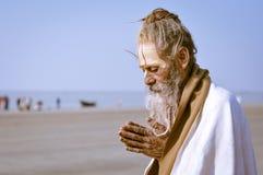 Homme dans le blanc dans le Bengale-Occidental Photos stock