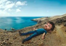 Homme dans le magma Photographie stock libre de droits