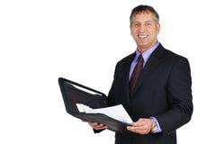 Homme dans le sourire de procès et de relation étroite Photo libre de droits