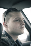 Homme dans le véhicule photo libre de droits
