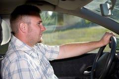 Homme dans le véhicule Images libres de droits