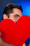 Homme de charme avec le coeur rouge. Photo stock