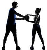 Homme de femme de couples exerçant la séance d'entraînement Photographie stock libre de droits
