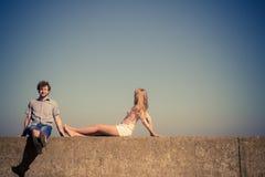 Homme de femme de couples passant le temps ensemble Image libre de droits