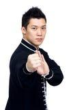Homme de l'Asie avec la posture d'art martial photographie stock libre de droits