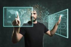 Homme de l'avenir fonctionnant avec les moniteurs de flottement Concept pour la réalité et la technologie augmentées illustration de vecteur