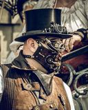 Homme de la convention une de Steampunk images libres de droits