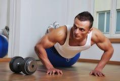 Homme de muscle Photo stock