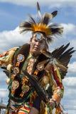 Homme de natif américain à l'assemblée cérémonieuse Image libre de droits