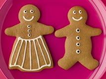 Homme de pain d'épice et femme de pain d'épice Images libres de droits