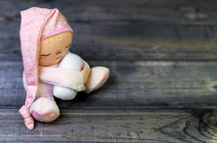 Homme de sommeil de jouet de poupée Photos libres de droits