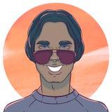 Homme de sourire avec de longs cheveux foncés et lunettes de soleil illustration libre de droits