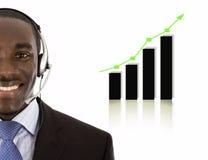 Homme de soutien aux entreprises avec le graphique en hausse image libre de droits