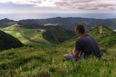 Homme de voyageur photographie stock libre de droits