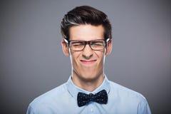Homme effectuant des visages Photo libre de droits
