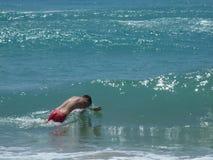 Homme en mer Photos libres de droits